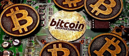 Bitcoin a caminho dos 10 mil dólares