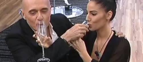 GF Vip: Brindisi tra Alfonso Signorini e Giulia De Lellis - chedonna.it