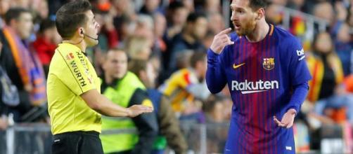 Messi expresa su molestia a Iglesias Villamarin