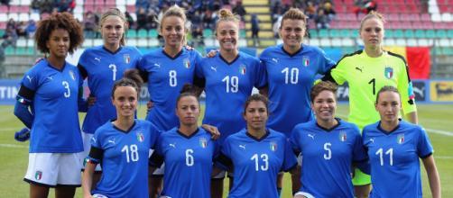 Una formazione dell'Italia femminile - Foto FIGC