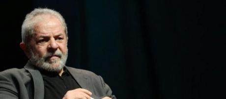 Defesa de Lula é ineficaz e o ex-presidente tem R$ 16 milhões retidos