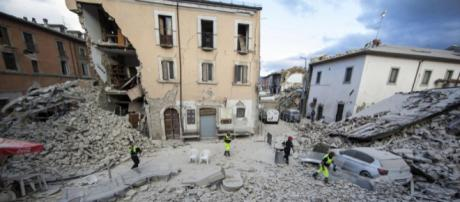 """Terremoto, Tajani: """"Riattivare le imprese, senza lavoro non si ... - eunews.it"""