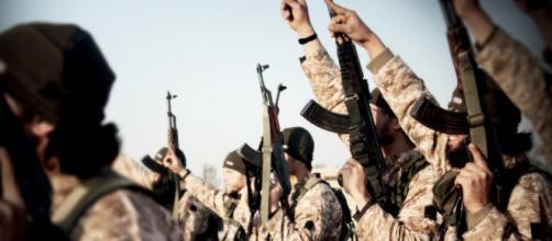 Attentati Isis: la minaccia tra Natale e Capodanno?
