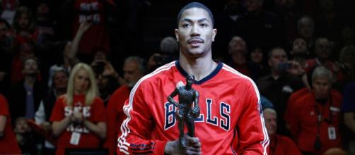Derrick Rose as youngest NBA MVP ever | image via W. Pixton c/o NBA