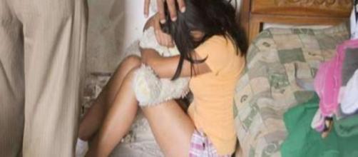 Jovem é vítima de violência sexual (Foto: Reprodução/Yoyopress)