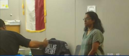 Sini Mathews in Dallas County Court. (Image Credit: CBSDFW/YouTube screencap)