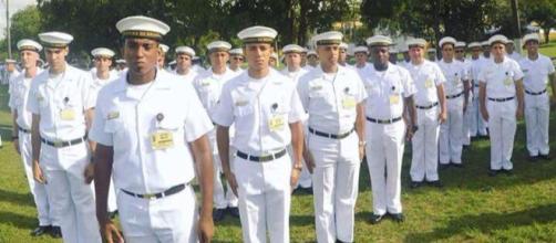 Veja: O CIAA ministra cursos de especialização e aperfeiçoamento para a formação de cabos e sargentos