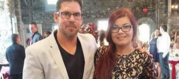 Matt Baier and Amber Portwood attend Maci's wedding. [Photo via Amber Portwood/Instagram]