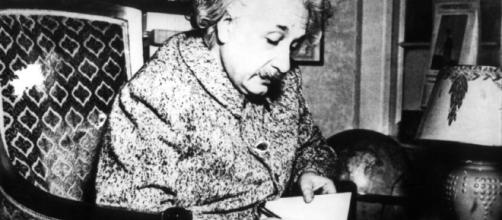La Felicità Secondo Albert Einstein