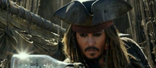 Pirates des Caraïbes 5 : Que signifie la scène post-générique ... - premiere.fr