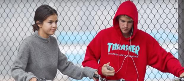 Selena Gomez and Justin Bieber [Image by Hollywood Life/YouTube]