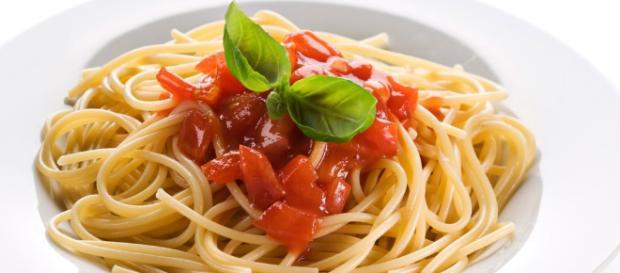 Un piatto di spaghetti al sugo: un giorno mangiando spaghetti potremo difendere il nostro cuore