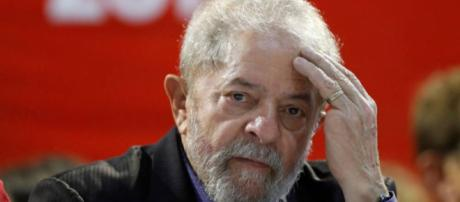 Ex-presidente Lula é investigado pela Operação Lava Jato