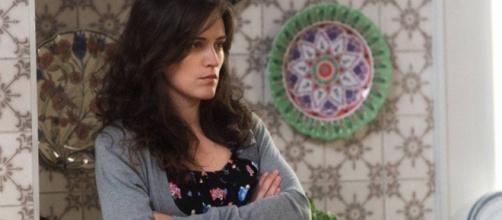Clara quer se vingar de quem lhe fez mal. (Foto: Divulgação TV Globo)