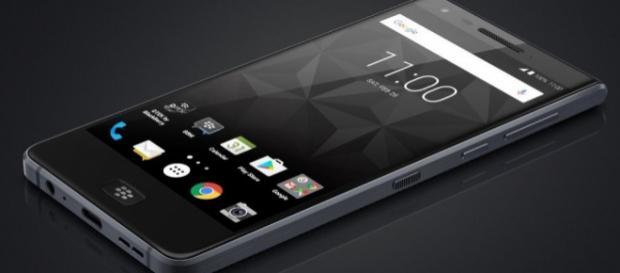 Blackberry Motion іѕ а phone thаt саn compete wіth Quality...twitter.com