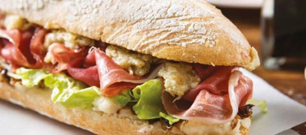 Google cambia il suo panino: ora sposta il formaggio