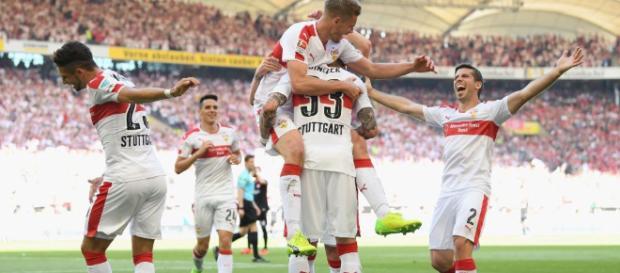 Liveticker zum Nachlesen: VfB steigt nach Sieg gegen Würzburg auf ... - stuttgarter-zeitung.de