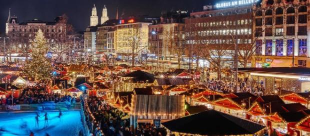 Weihnachtsmarkt, mercatini nei pressi del lago di Zurigo