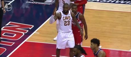 LeBron James against John Wall. (Image via NBA/YouTube screencap)