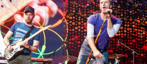 Coldplay compone canción en honor a los afectados por Harvey – Canal 6 - com.ni