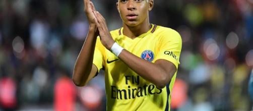Foot PSG - PSG : Faire toute sa carrière à Paris, Mbappé en rêve ... - foot01.com