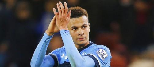 Tottenham Hotspurs midfielder, Dele Alli during a past Premier League match. (Image Credit: oliveroliu/Flickr)