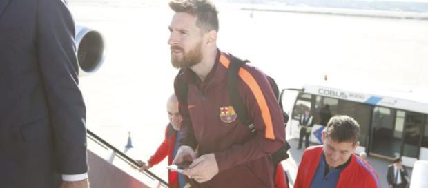 Messi con el Fc Barcelona antes de iniciar un partido