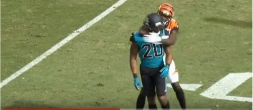 AJ Green puts Ramsey in a headlock [Image via Highlight Heaven / Youtube screencap]