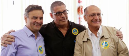 Alexandre Frota entre os tucanos Aécio Neves e Geral Alckmin