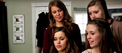 Four of the five eldest Duggar daughters [Image by TLC/YouTube]