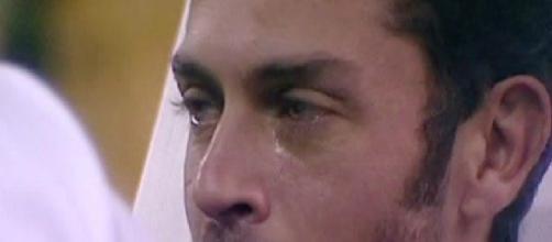Raffaello Tonon piange al Grande Fratello Vip 2