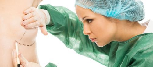 Tire suas dúvidas sobre a prótese mamária