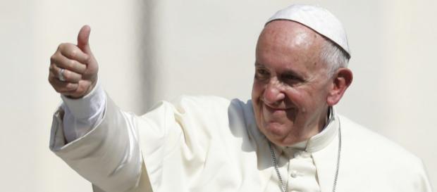 Papa dá sinal verde para que, em casos específicos, homens casados possam se tornar padres