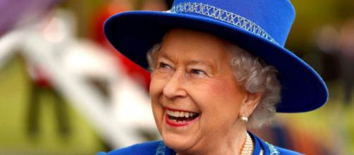 11 cose sulla regina Elisabetta II che non sapevi - cosmopolitan.it