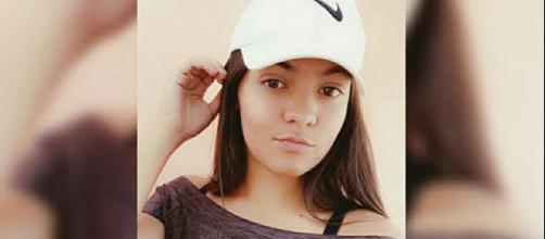 A jovem Raphaela tinha 16 anos e foi morta a tiros dentro da sala de aula. (Foto: Reprodução Facebook)