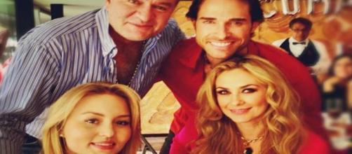 Angelique e El Guero junto a Sebastián e Aracely - Foto: Reprodução/Twitter