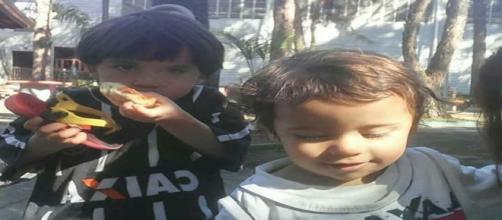 Crianças de 2 e 4 anos faleceram em virtude de incêndio dentro de casa (Foto: Arquivo pessoal)
