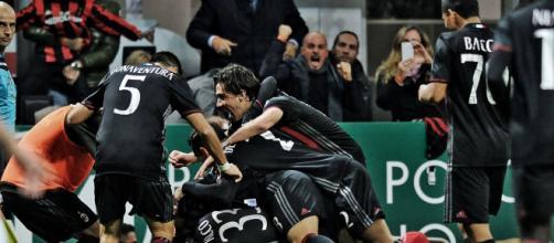 Esultanza della squadra al goal di Locatelli