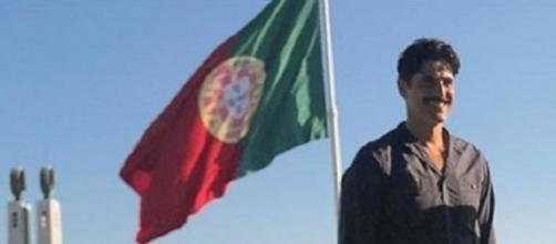 Gianecchini trabalhando em Portugal