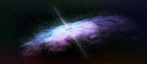 La materia oscura no interacuta con la luz. Public Domain.