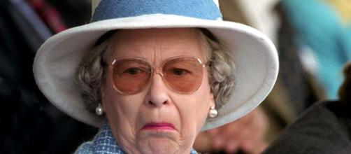 La Regina d'Inghilterra Elisabetta