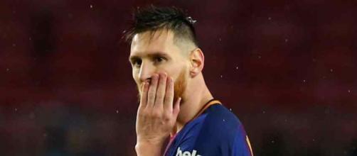 Lionel Messi critica atitude da direção do clube