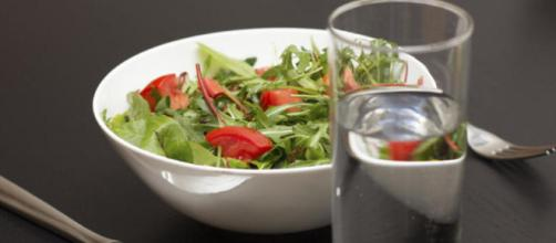 Salud: Los graves problemas que causa beber más agua de la cuenta ... - elconfidencial.com