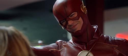 Team Flash vs. Hazard | The Flash S04E03 [Image Credit: AlperenHDClips/YouTube screencap]