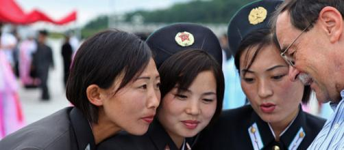 Women of North Korea (Image credit – Roman Harak, Wikimedia Commons)