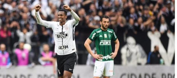 Corinthians vence o Dérbi e palmeirenses se revoltam