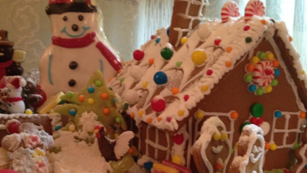 Casetta Di Natale Da Colorare : Casetta di pan di zenzero per un natale magico
