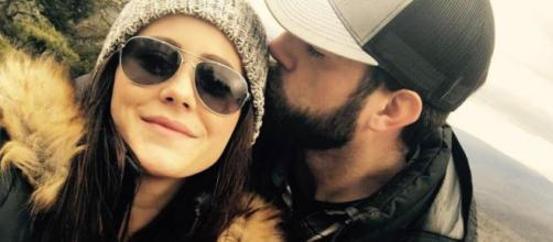 Jenelle Evans gets engaged. [Photo via Jenelle Evans/Instagram]