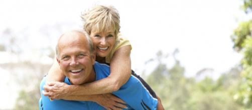 Les seniors se sentent plus jeunes que leur âge réel - Top Santé - topsante.com
