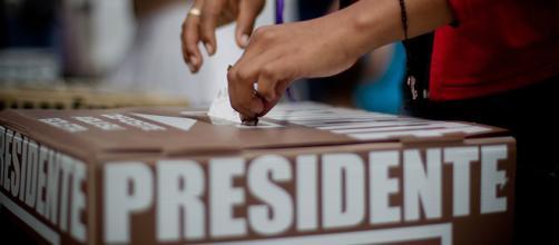 Los candidatos a elegir no son designados libremente por el electorado mexicano